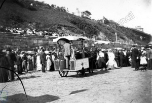 Ice Cream Vendor, South Sands, Scarborough